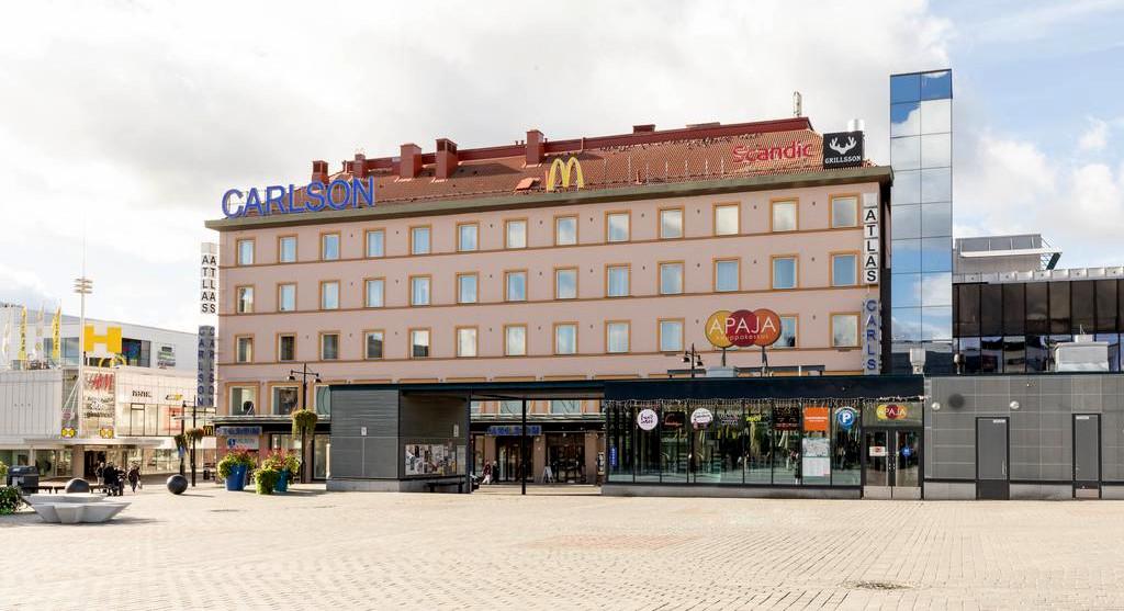 Carlsonin tavaratalo Kuopiossa